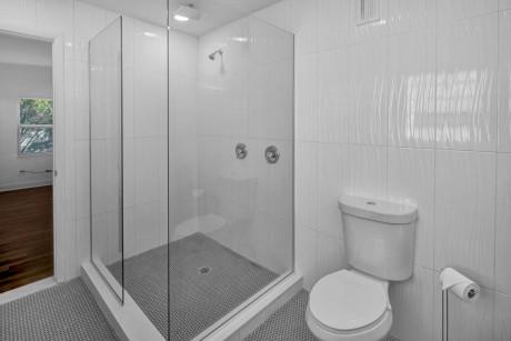 Beach Haven Master Bathroom
