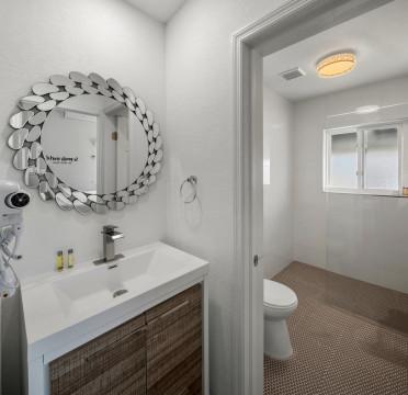 Villa 4 Bathroom