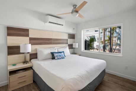 VILLA 5 - 1 Bedroom King Suite