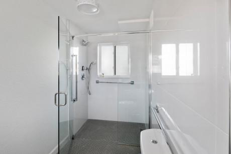 Villa 1 Bedroom King Suite Accessible