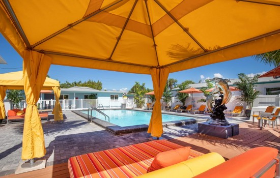 Welcome To Villa At St Pete Beach - Relax By The Pool